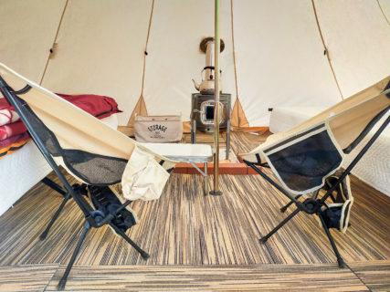 ティピ型テントで手ぶらキャンプ
